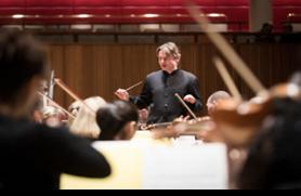Esa-Pekka Salonen fait scintiller le Philharmonia Orchestra