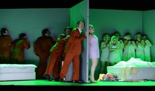 Incandescent Ange de feu à l'Opéra de Lyon