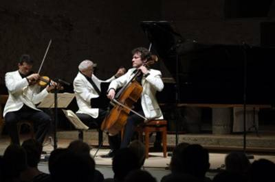 e5f730517f1 Trio de Schubert   (de g. à dr.) Svetlin Roussev