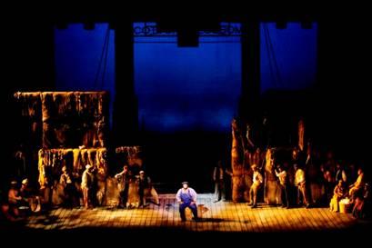 Jerome KERN & Oscar HAMMERSTEIN II : Show Boat.